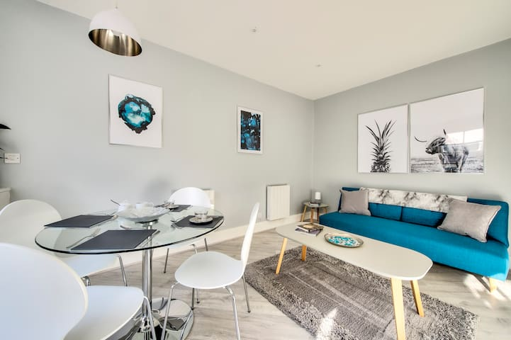Stylish Apartment in the Centre of Town