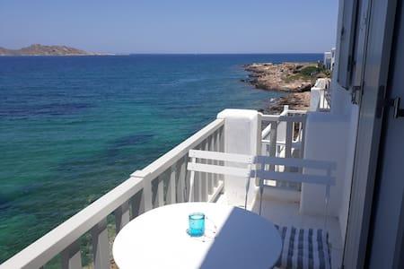 Amazing sea view studio in Naoussa' s center
