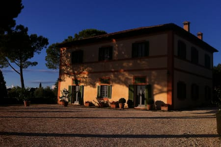 Tuscan Farmhouse and Vineyard - Poggibonsi