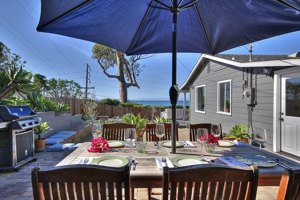 Private side patio, with outside covered dining, BBQ and endless ocean views.