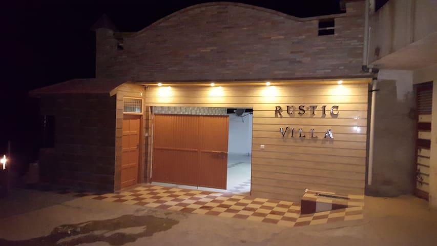 RUSTIC VILLA, KASAULI - Kasauli