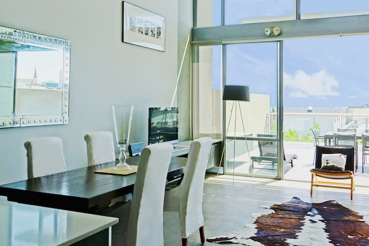 Luxury Mt Eden Apartment with spectacular views