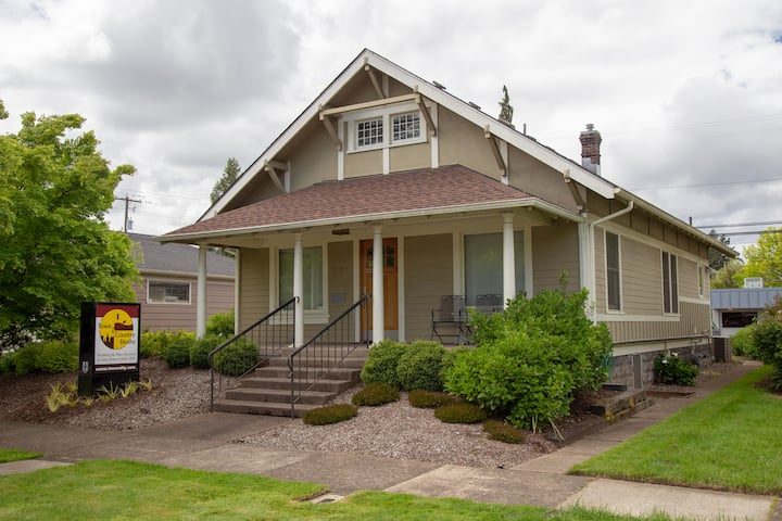 4 Bedroom Home-Close to Downtown, OSU & Everything