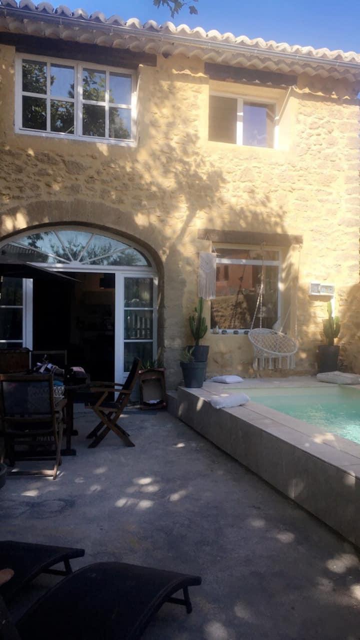Maison de Provence piscine chauffée