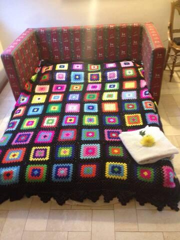 SOFA BED...IN POBLADO