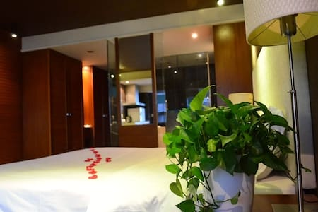 a Sweet apartment located in Chunxi Road&Taikoo LI - Chengdu