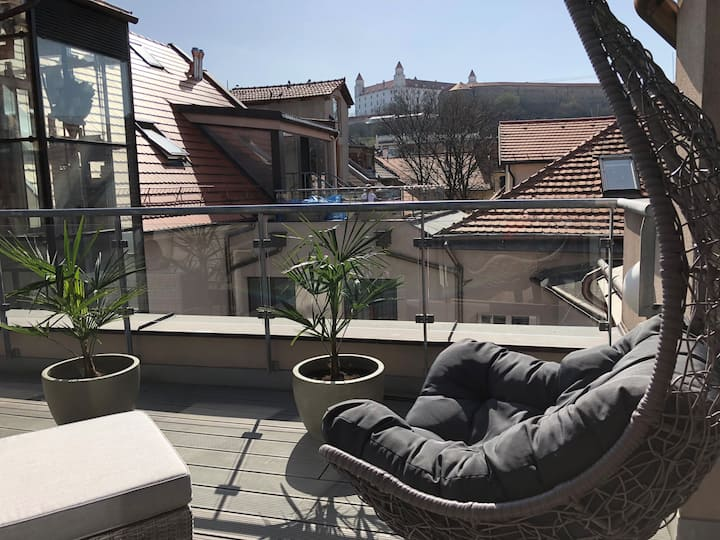 Mi Apartments - Old Town Heart-Terrace&Castle View