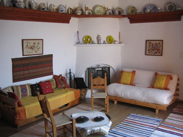 Traditional house in the village - Skyros - Casa