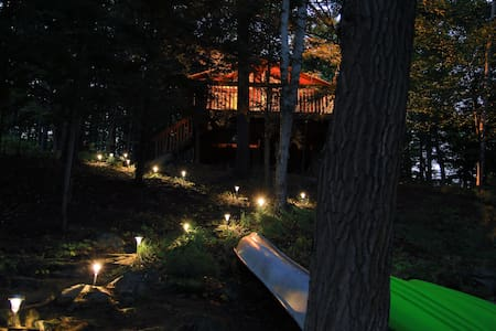 Lake Muskoka Cottage - Bracebridge