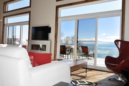 L'Horizon.Amazing new house with spectacular view! - Les Éboulements - スイス式シャレー