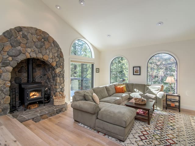 Expansive, Remodeled Home at Tahoe Donner