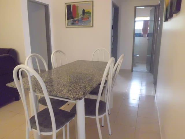 Casa em Condomínio - até 8 pessoas - Caldas Novas