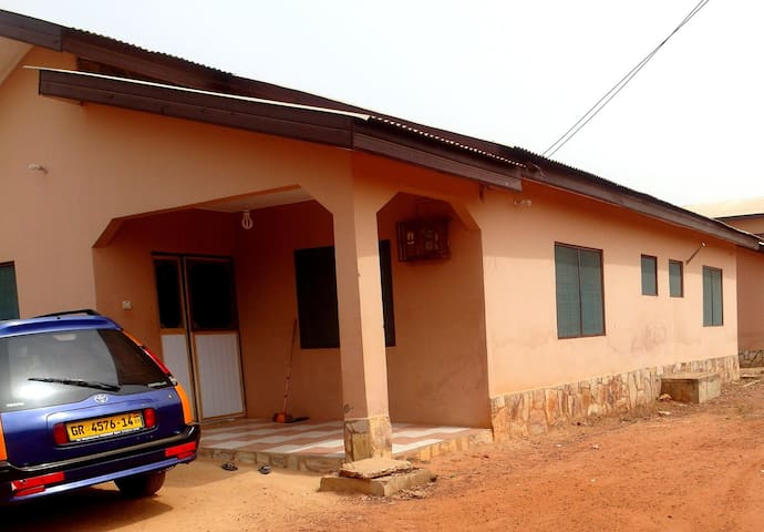 Your Ghanaian Home - Accra - Huis