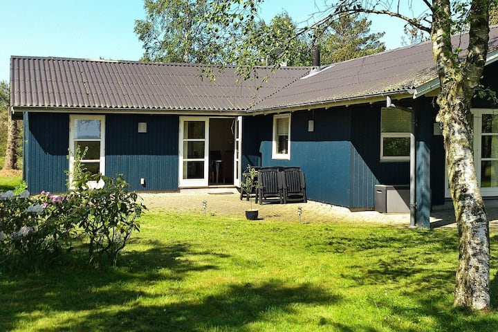 Expansive Holiday Home with Whirlpool at Jutland