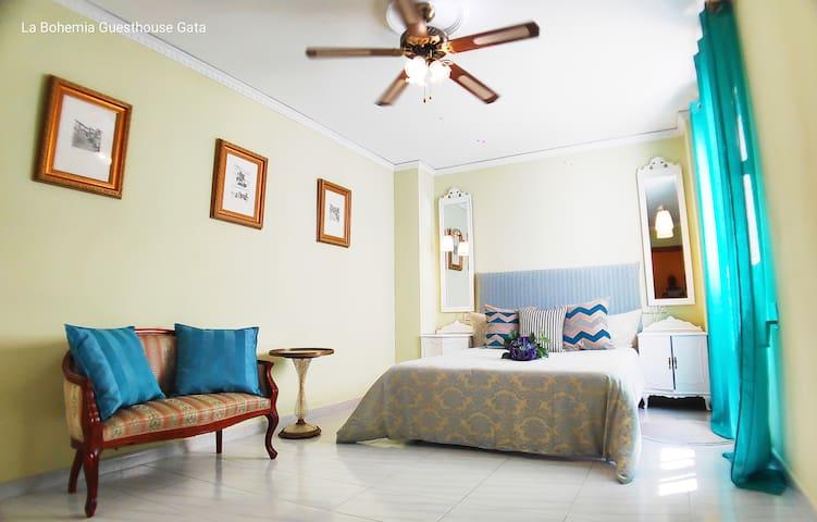 La Bohemia GuestHouse2 económico cerca Denia&Javea