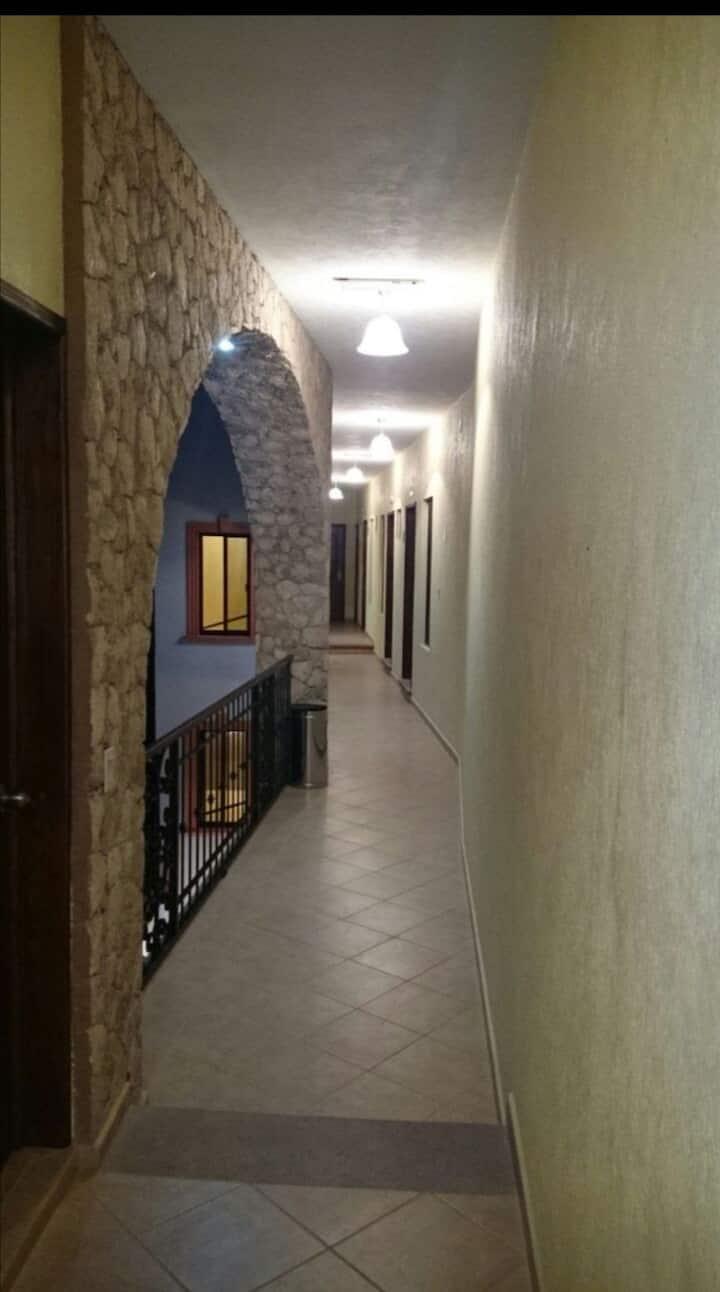 Hotel La capilla habitación mat 1