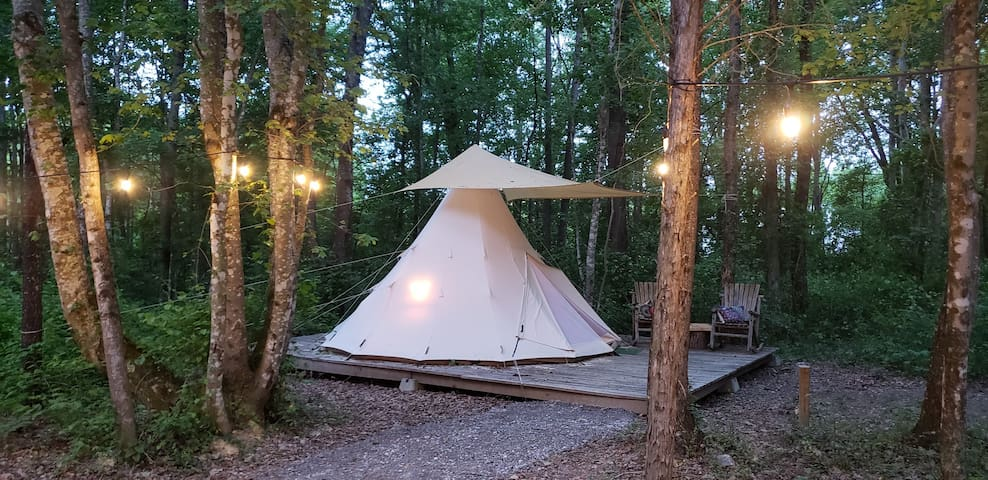 Bohemian Tipi at Sassy Springs Retreat