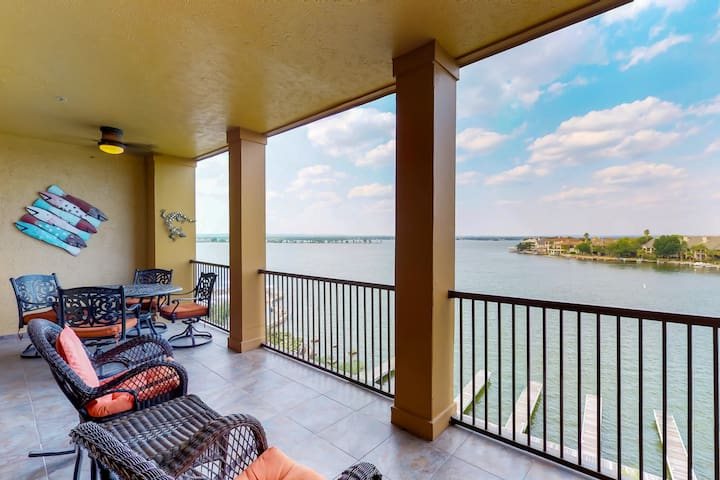 Waterfront condo w/ pristine shared pool