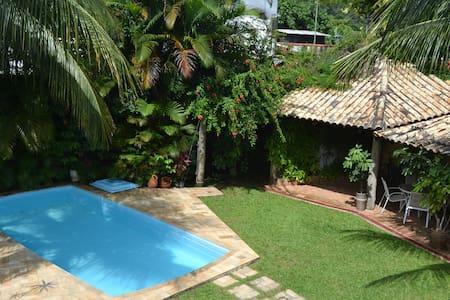 Suíte em casa de praia familiar - São Sebastião - Talo