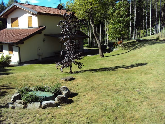 Villa Ca Harmonia between Lake Como & Lake Lugano - Ramponio Verna