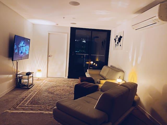 2 Bedroom Apartment @ Midnight Hotel Braddon