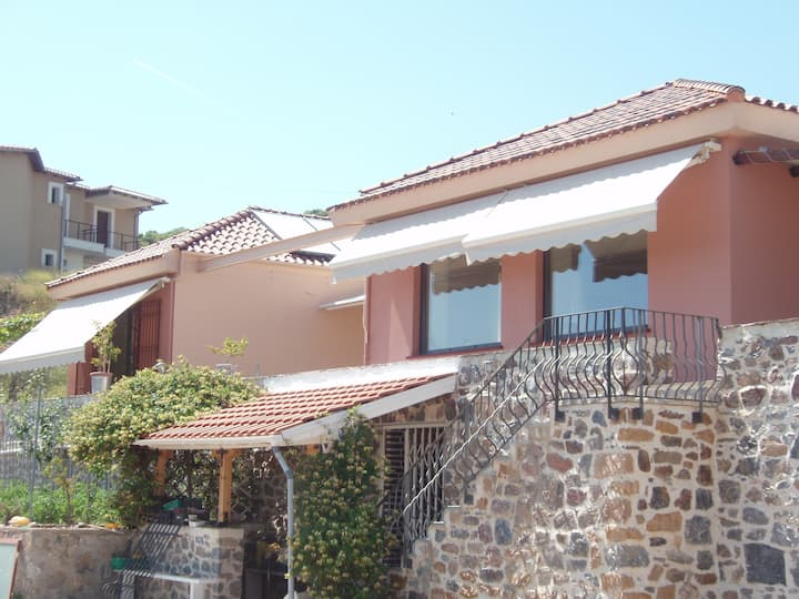 Eco-villa Makri