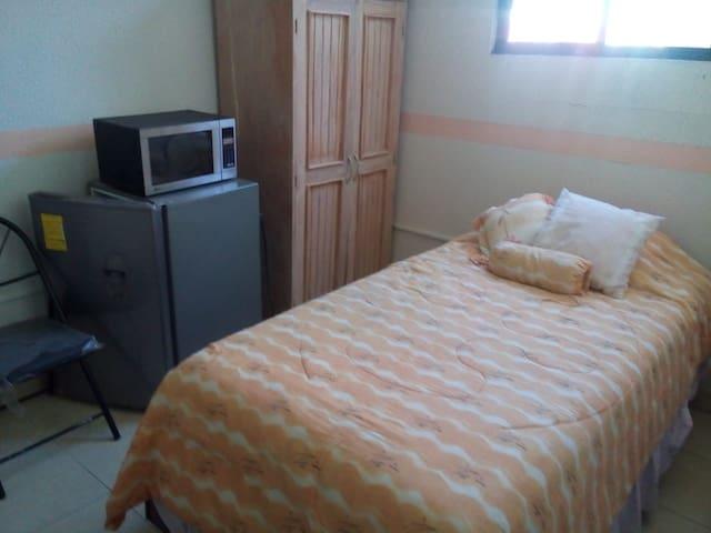 Agradable habitación en renta ,Sifón Churubusco