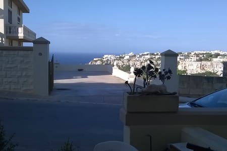 Best Beaches with Sea/Countryview, Small Apartment - Mellieha - Apartament