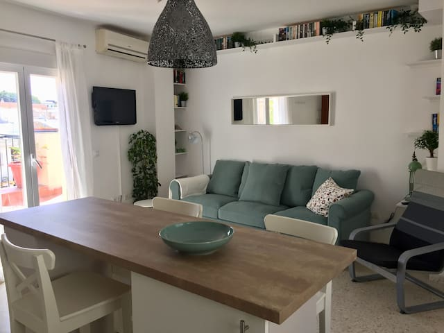 Sargenta 9 - attic with sunny terrace and parking