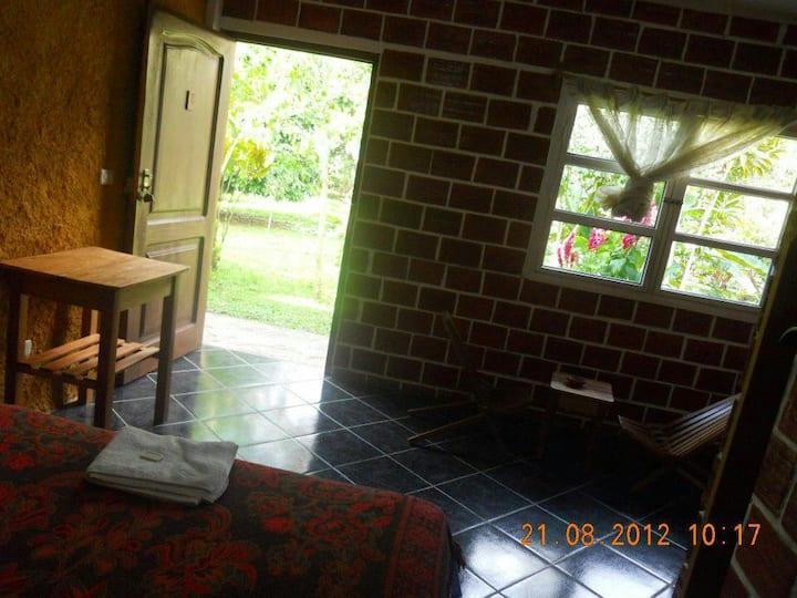 CAMPOWASI HOSTEL 01 matrimoñial con baño privado