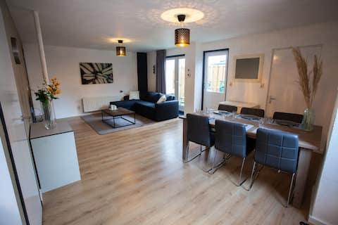 Затишна простора квартира поблизу центру міста Ейндховен