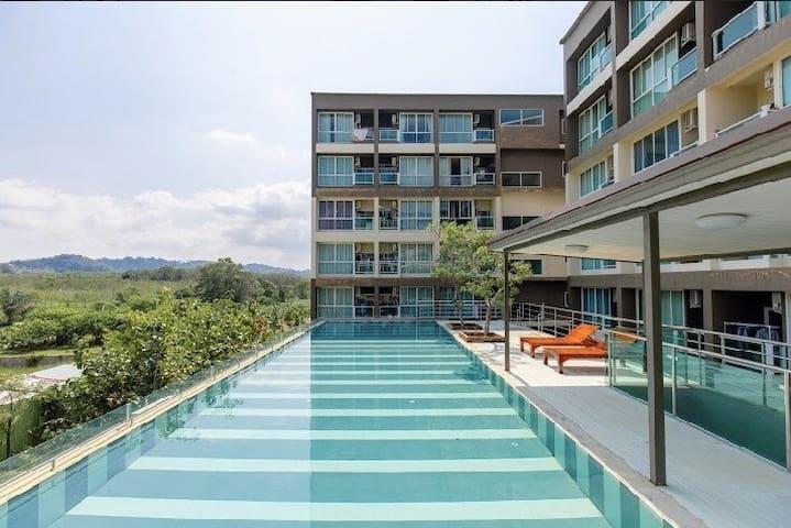 Pool View Phuket Airport Condotel Free WiFi