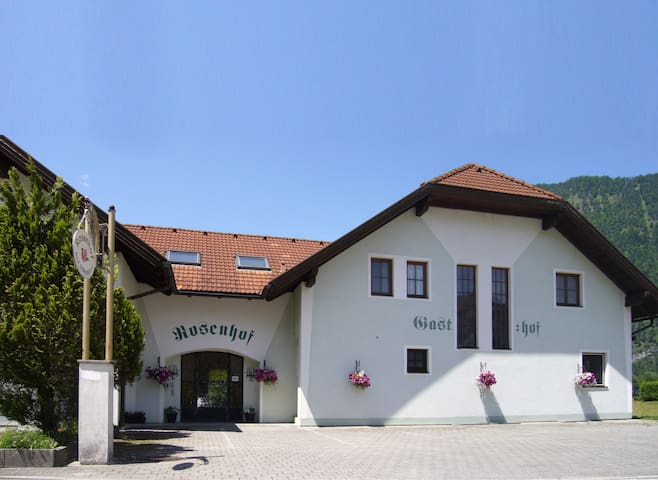 Beautiful & Spacious Austrian Villa - Ebensee - Villa