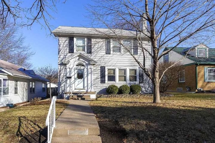 3 Bedroom Family Home in Davenport