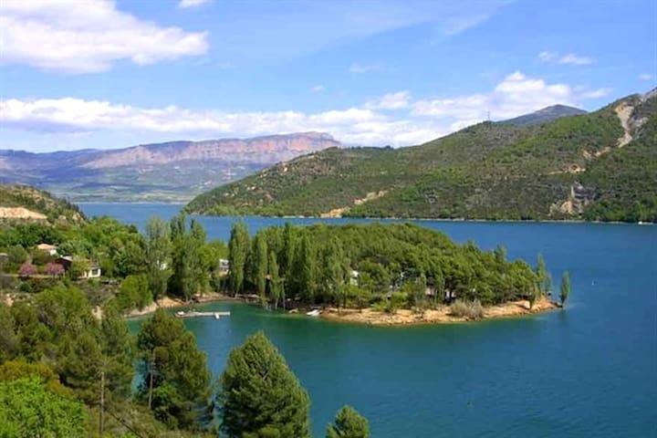 Casa Rural en Pre-Pirineo de Lleida Ideal familias - Puebla de Segur - Casa