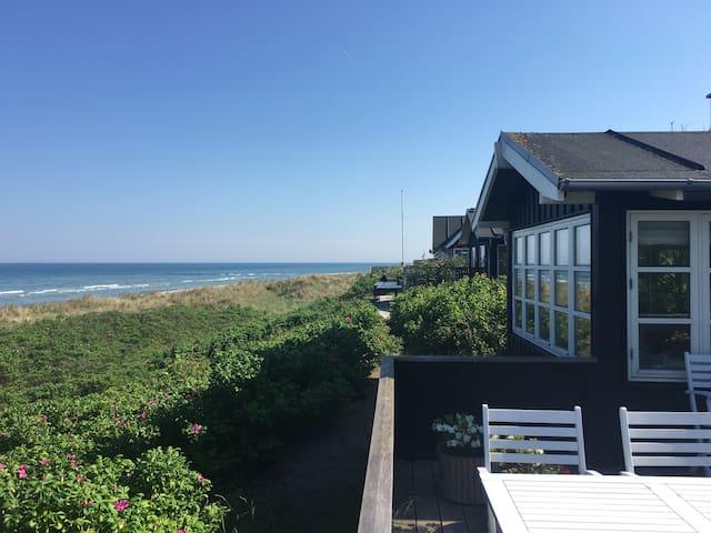Lækkert Sommerhus på stranden - Grenaa - Kisház