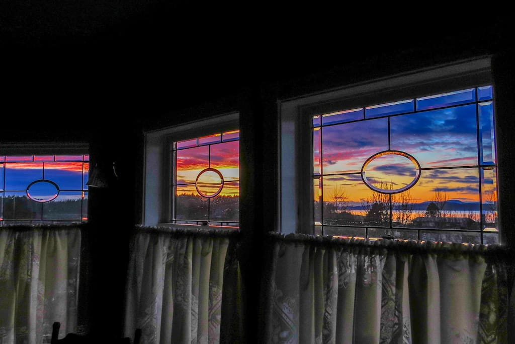 Suite 5 features our most dramatic sunsets!