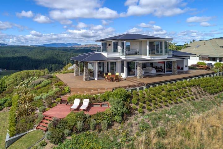 Tihi Retreat - Luxury Accommodation
