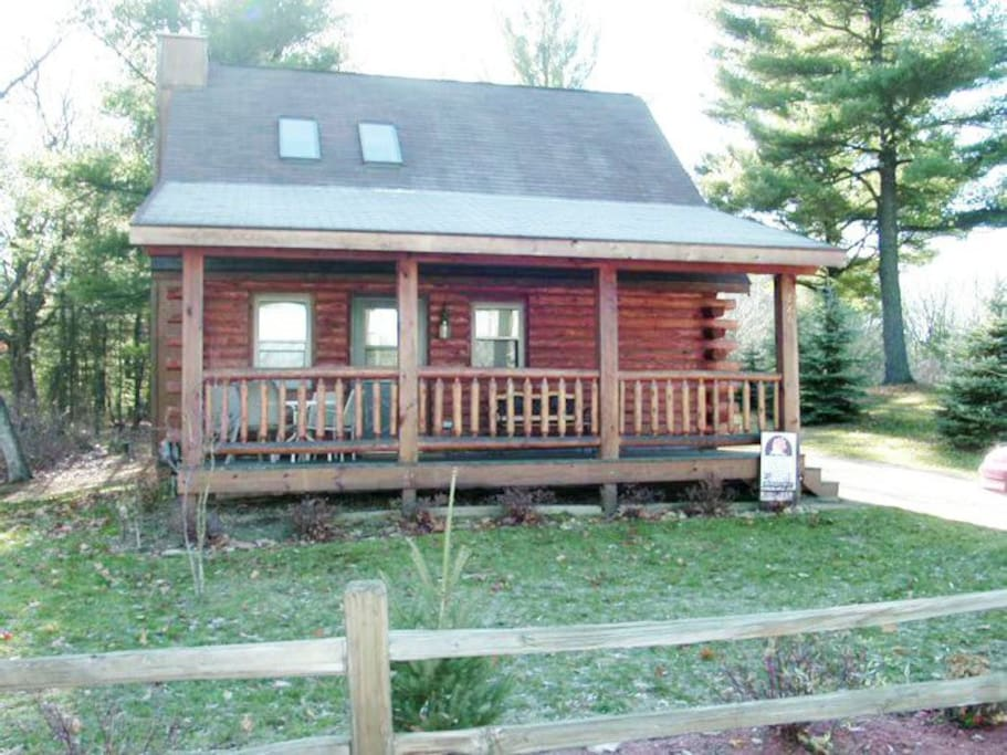 Shan gri log cabins for rent in wisconsin dells for Cabins in wisconsin dells for rent