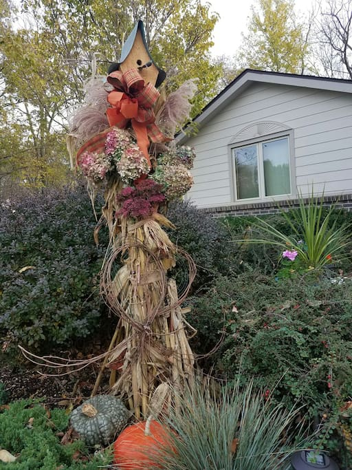 Fall arrangements to welcome my guests.