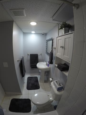 Bathroom - Picture 2