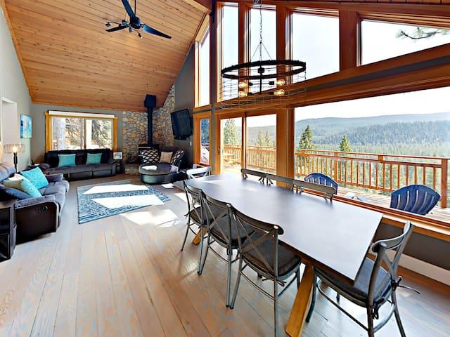 New Listing! 4BR w/ Deck & Stunning Mt. Views