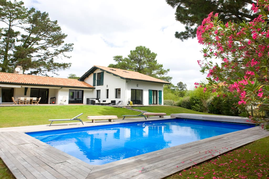 Villa anglet chiberta sur le golf houses for rent in Jardinier anglet