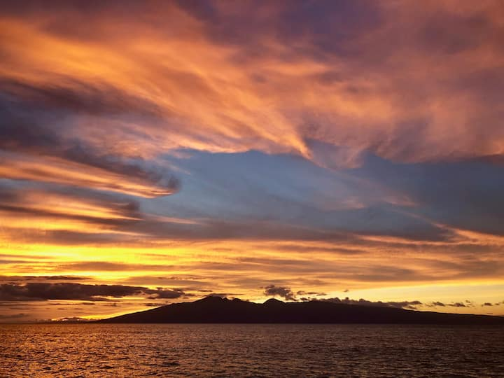 Affordable ocean front Maui condo