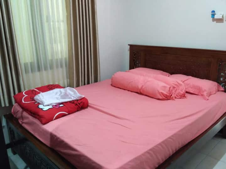 Room 85 Kota Magelang