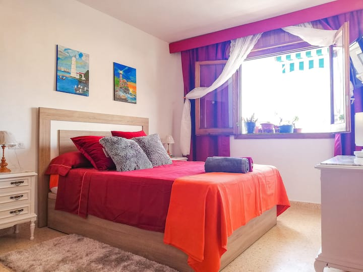 Comfortable renovated room in the heart of Palma!