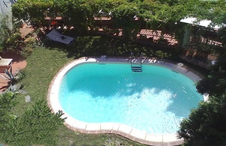 Villa Lombrici con piscina a uso esclusivo