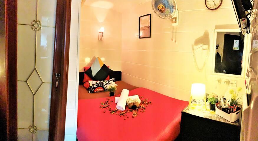 Cebu Hotel Deluxe Double Room #1 Ensuite Bathroom
