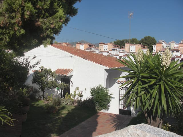 Lovely Andalusian house in Nerja with sea view - Nerja - Casa