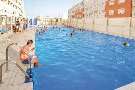Holiday apartment with 2 bedrooms on 40m² in Roquetas de Mar